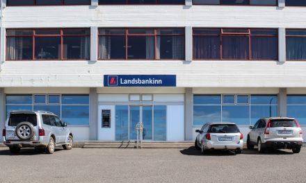 Hvammstangabúar ósáttir við Landsbankann