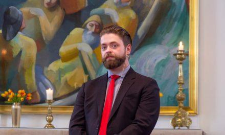 Fyrsta athöfnin heima á Siglufirði