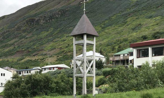Helgistund við Kirkjuhól