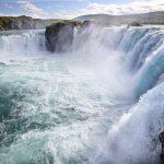 Umferðarþungi við Goðafoss