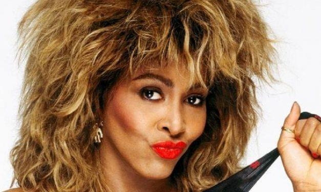 Tina Turner íhugaði að taka eigið líf