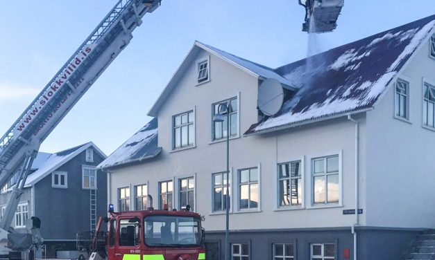 Eldsvoði á Akureyri
