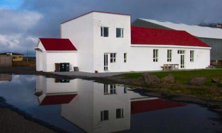 Sýningaropnun í Alþýðuhúsinu á morgun