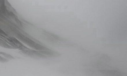 Siglufjarðarvegur ófær