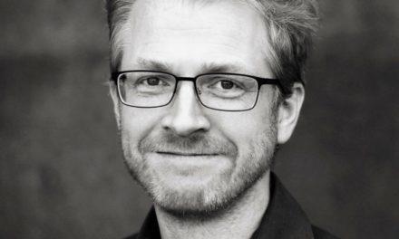 Már Örlygsson í Sunnudagskaffi með skapandi fólki í Alþýðuhúsinu á Siglufirði.
