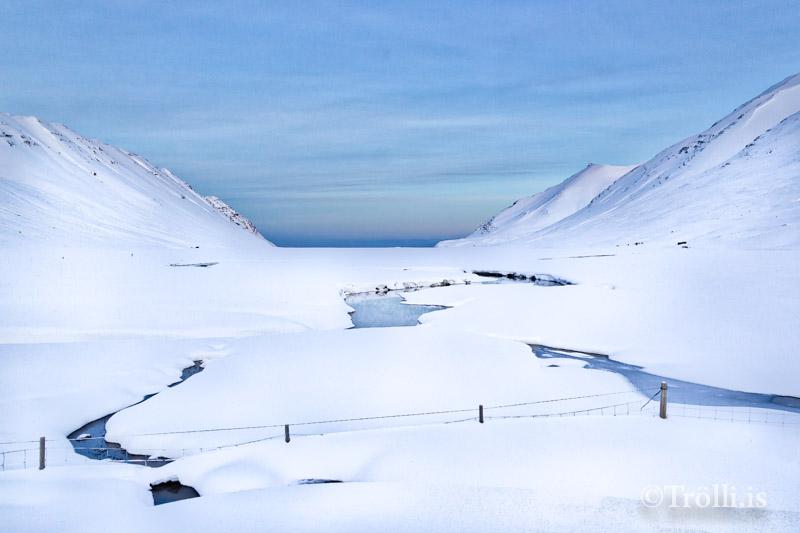 Skíðagöngubraut lögð í Héðinsfirði í dag