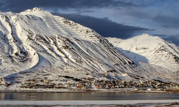 Siglufjarðarkaupstaður 101 árs í dag