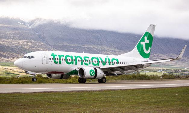 Fyrsta flug Voigt Travel og Transavia til Akureyrar