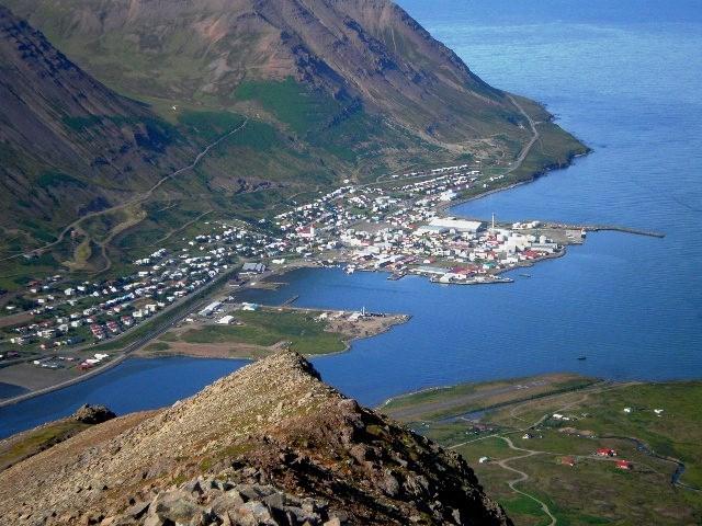 Ófærðar- og Gamansagnaganga