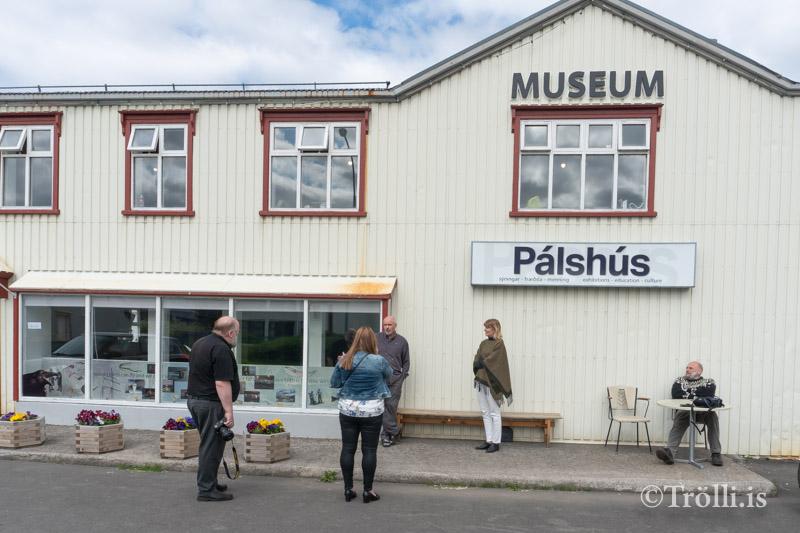 Byggja smáhýsi við Pálshús