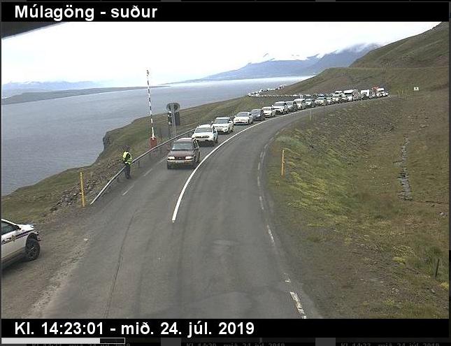 Umferðaröngþveiti í Múlagöngum