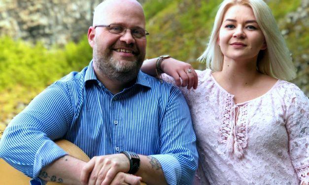 Dúettinn Natalia og Elvar á Kaffi Klöru