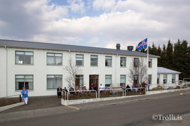 Bráðabirgða varaafl hjá HVE á Hvammstanga