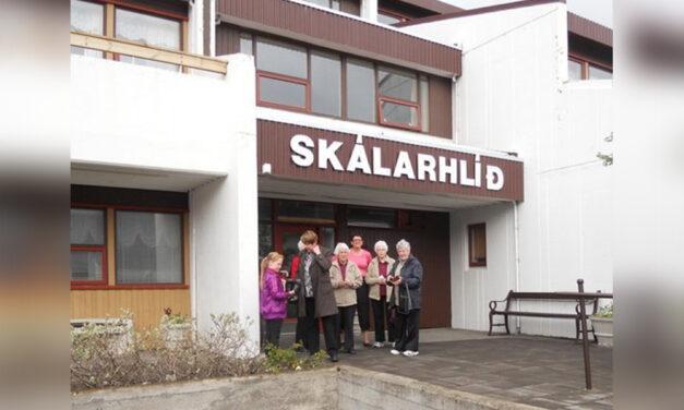 Lokað fyrir heimsóknir í Skálarhlíð