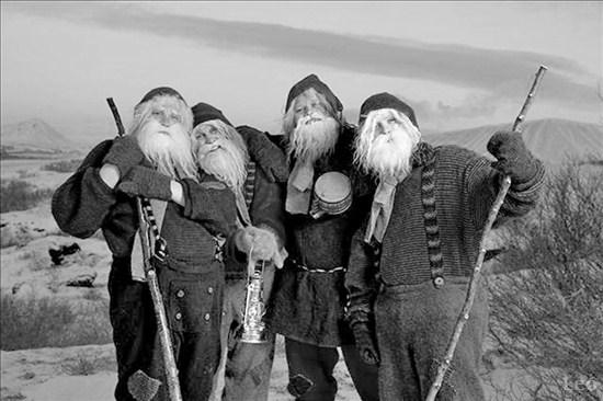 Grýla, Leppalúði, jólasveinarnir, bölvaður kötturinn og annað jólaillþýði