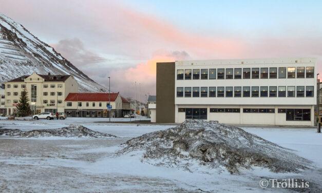 Íbúum í Fjallabyggð fækkar