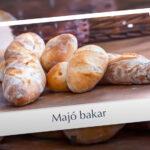 Majó bakar súrdeigs Baguette og rúnstykki