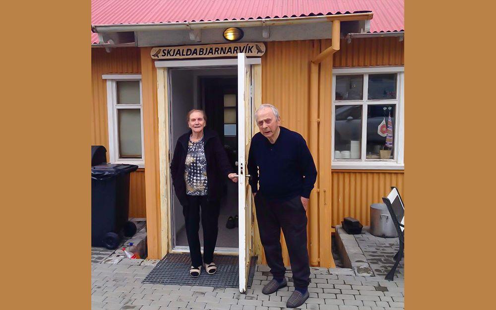 Gamlar Strandamyndir Huldu og Trausta á Sauðanesi