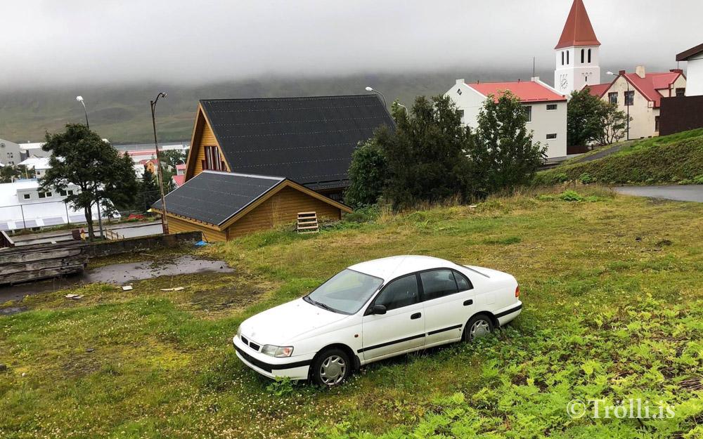 Heilbrigðiseftirlitið hyggst fjarlægja  númerslausa bíla