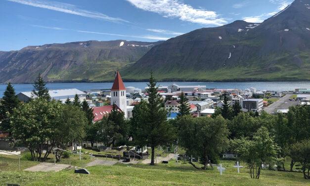 Blómaþjónusta í kirkjugörðum Siglufjarðar