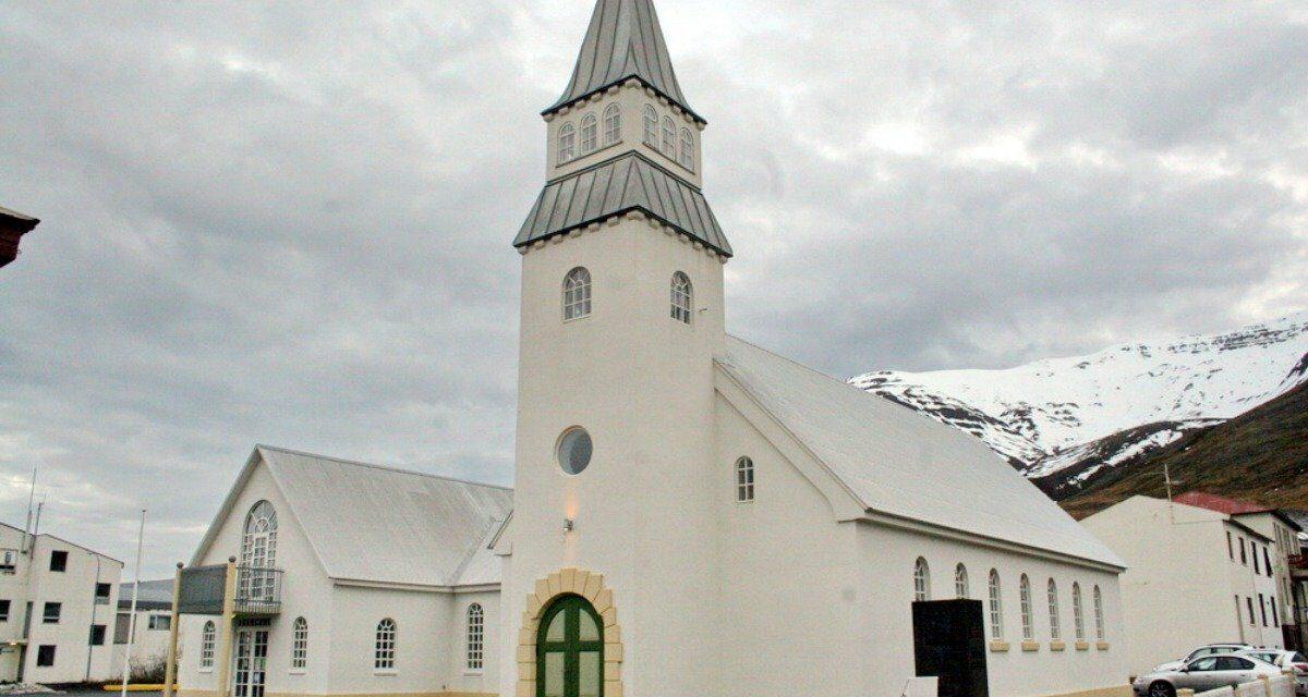 Fermingarmessa í Ólafsfjarðarkirkju