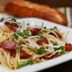 Spaghettí með ofnbökuðu beikoni