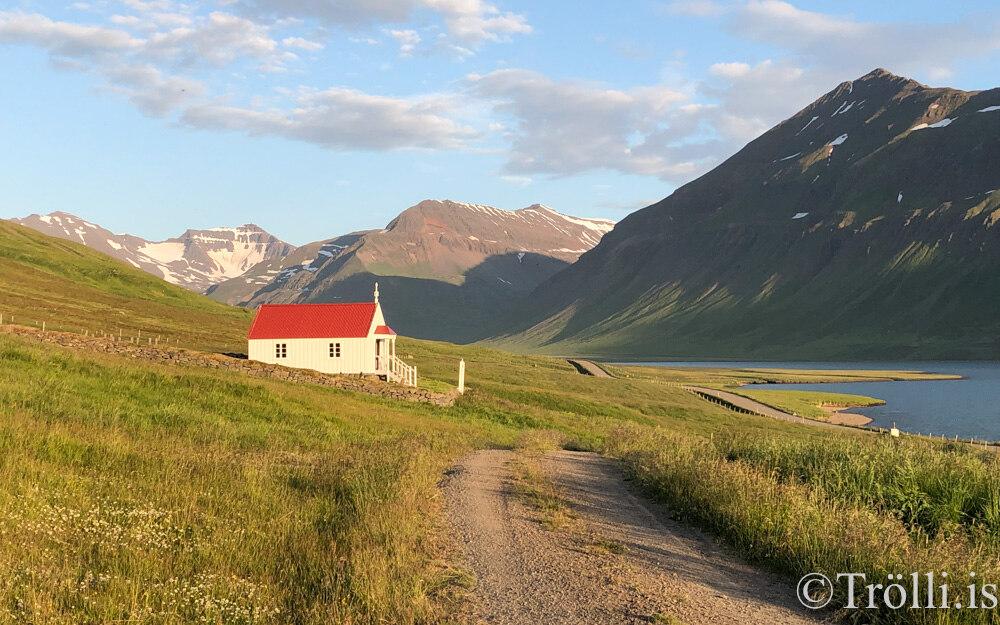 Messað í Knappstaðakirkju í dag – kaffi í kirkjugarðinum