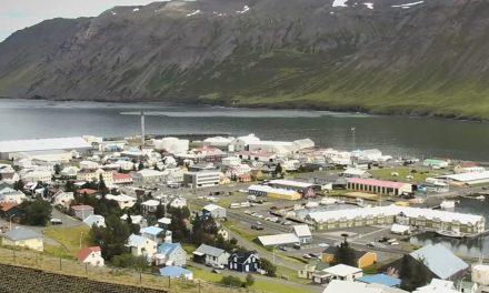 Dæmdur í 30 daga fangelsi – Fór óboðinn inn í hús á Siglufirði
