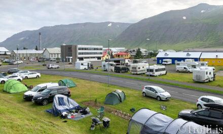 Flúðu drykkjulæti á Siglufirði